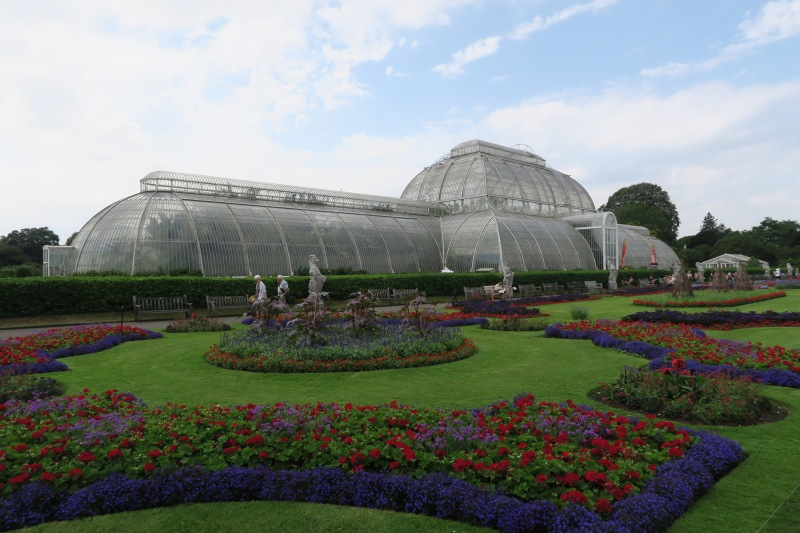 The palm house is the famous image of Kew Gardens. A beautiful piece of old architecture that is a true gem to the property