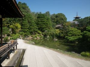 Ninnaji Temple is home to this viewing garden that uses the extended landscape to create enclosure.